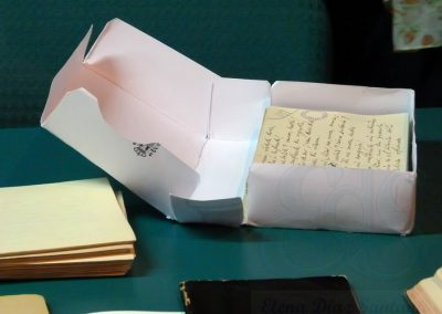 Caja con manuscritos