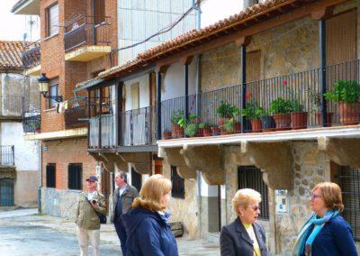 Ménsulas, corredores y tiestos: elementos típicos de las casas que llamaron la atención a Unamuno - Becedas